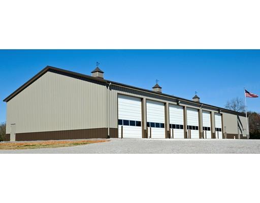 Commercial pour l Vente à 370 Wareham 370 Wareham Middleboro, Massachusetts 02348 États-Unis