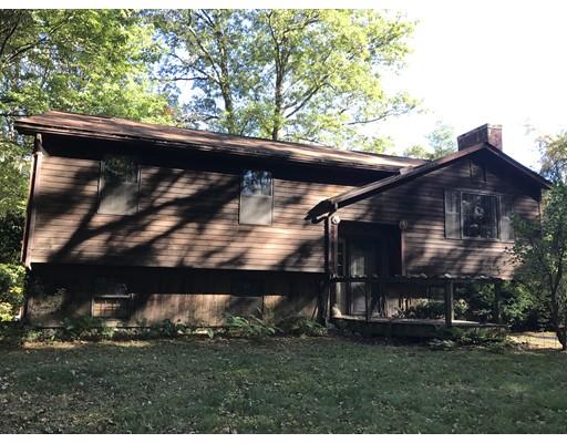 Casa Unifamiliar por un Venta en 2 Gulf Road 2 Gulf Road Pelham, Massachusetts 01002 Estados Unidos