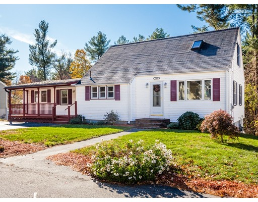 Single Family Home for Sale at 140 Bouchard Avenue 140 Bouchard Avenue Dracut, Massachusetts 01826 United States