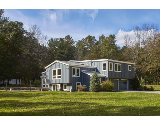 واحد منزل الأسرة للـ Sale في 54 Country Corners Road 54 Country Corners Road Wayland, Massachusetts 01778 United States