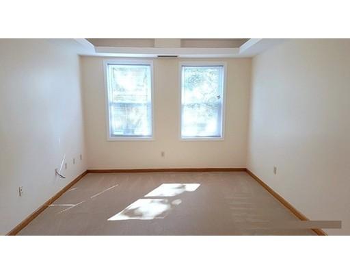 独户住宅 为 出租 在 154 Cedar Street Somerville, 02144 美国