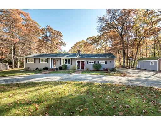 Single Family Home for Sale at 151 Killam Hill Road 151 Killam Hill Road Boxford, Massachusetts 01921 United States