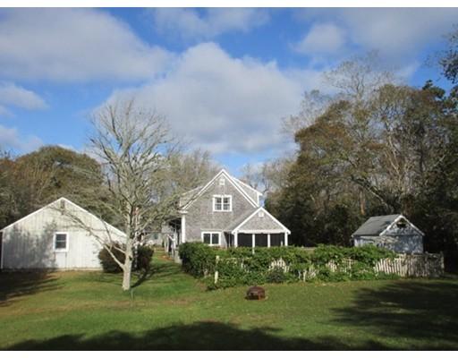 Maison unifamiliale pour l Vente à 39 Park Street 39 Park Street Harwich, Massachusetts 02645 États-Unis