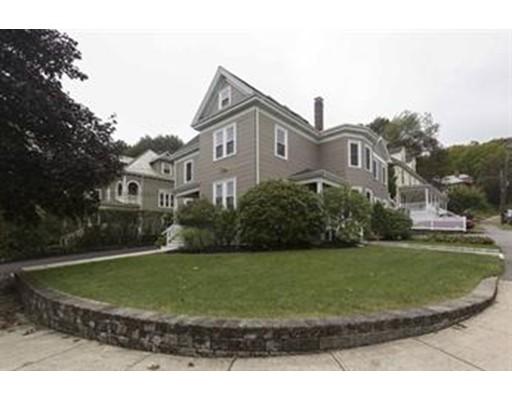 独户住宅 为 出租 在 28 Oliver Street 沃特敦, 02472 美国