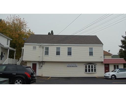 Casa Unifamiliar por un Alquiler en 11 Haverhill Street Methuen, Massachusetts 01844 Estados Unidos