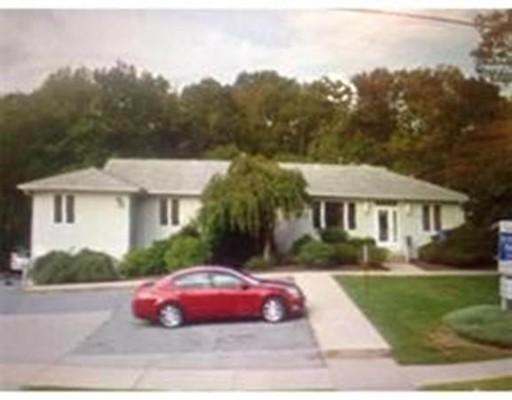 Commercial for Rent at 1249 Ashley Blvd 1249 Ashley Blvd New Bedford, Massachusetts 02745 United States