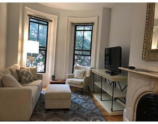 Casa Unifamiliar por un Alquiler en 119 Appleton Boston, Massachusetts 02116 Estados Unidos