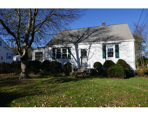 Single Family Home for Sale at 8 Intervale 8 Intervale Boylston, Massachusetts 01505 United States