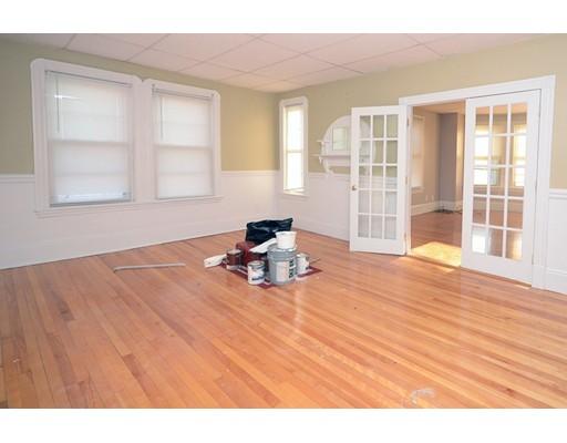 Casa Unifamiliar por un Alquiler en 9 Boardman Street Boston, Massachusetts 02128 Estados Unidos