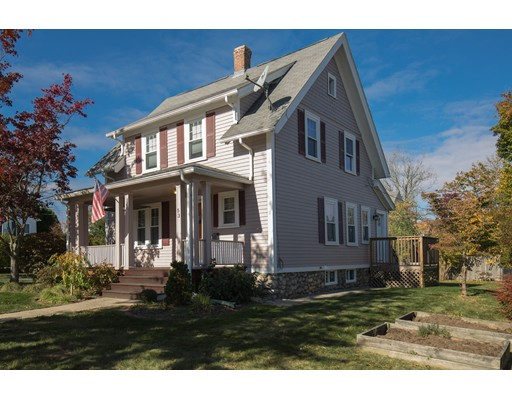 Casa Unifamiliar por un Alquiler en 53 Monterey Road 53 Monterey Road Worcester, Massachusetts 01606 Estados Unidos