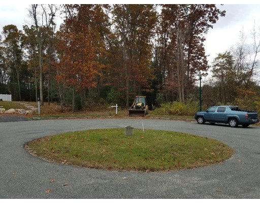 Land for Sale at 5 Bregoli Lane 5 Bregoli Lane Braintree, Massachusetts 02184 United States