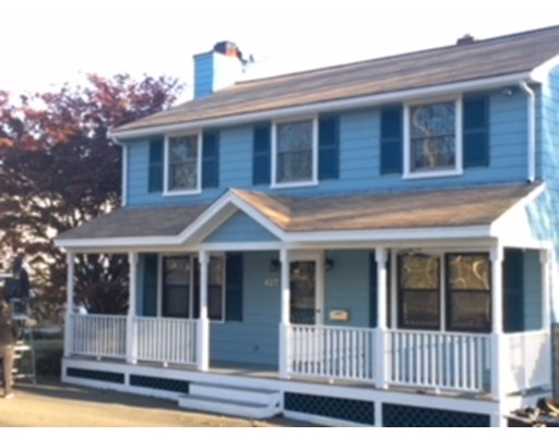 Single Family Home for Sale at 427 Essex Street 427 Essex Street Beverly, Massachusetts 01915 United States