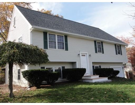 Casa Unifamiliar por un Venta en 344 N Quincy Street 344 N Quincy Street Brockton, Massachusetts 02302 Estados Unidos