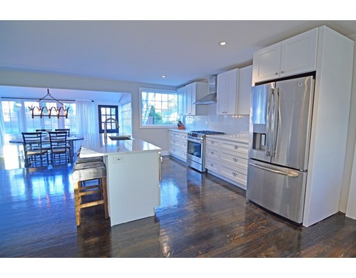 Single Family Home for Sale at 329 Pease Road 329 Pease Road East Longmeadow, Massachusetts 01028 United States