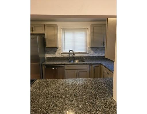 Maison accolée pour l à louer à 9 Gorham St #Rear 9 Gorham St #Rear Somerville, Massachusetts 02144 États-Unis