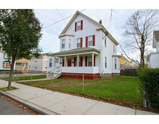 Casa Multifamiliar por un Venta en 38 Cherry Street Malden, Massachusetts 02148 Estados Unidos