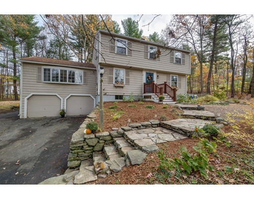 Single Family Home for Sale at 90 Pinnacle Road 90 Pinnacle Road Harvard, Massachusetts 01451 United States