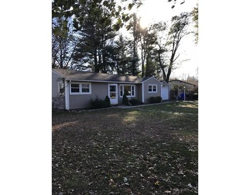 Single Family Home for Rent at 1106 Allen St #1 1106 Allen St #1 Springfield, Massachusetts 01118 United States
