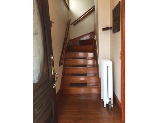 Additional photo for property listing at 25 Bradbury Avenue  Medford, Massachusetts 02155 Estados Unidos