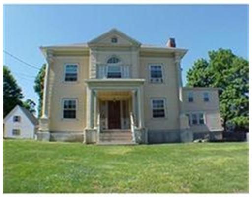 公寓 为 出租 在 183 Woburn St #00 183 Woburn St #00 Reading, 马萨诸塞州 01867 美国