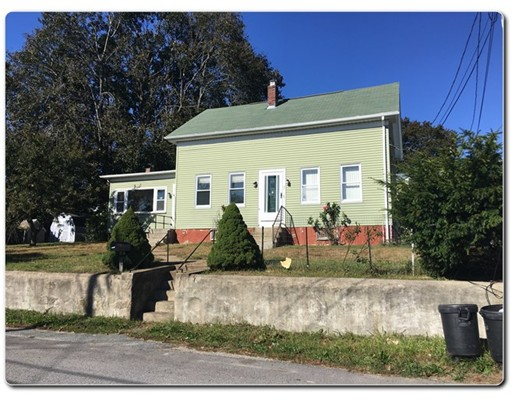 Single Family Home for Sale at 21 Shippee Avenue West Warwick, Rhode Island 02893 United States