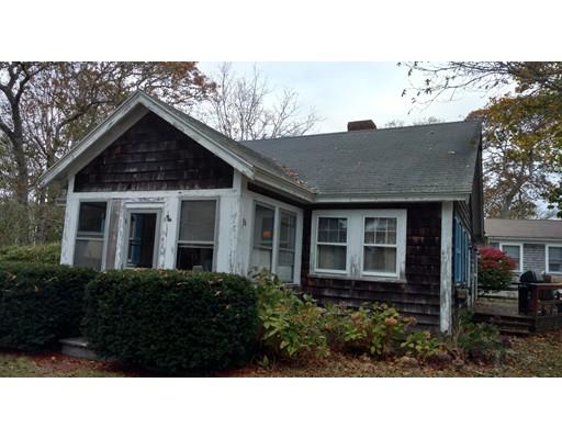 Maison unifamiliale pour l Vente à 36 Pine 36 Pine Harwich, Massachusetts 02646 États-Unis