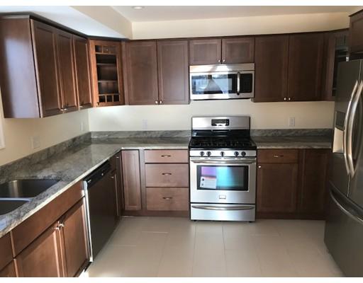 Additional photo for property listing at 58 Saint John St. #2 58 Saint John St. #2 Dartmouth, Massachusetts 02748 Estados Unidos