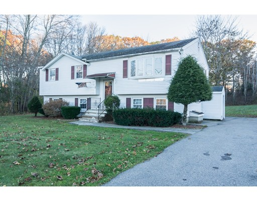 Single Family Home for Sale at 54 Methuen Road 54 Methuen Road Dracut, Massachusetts 01826 United States