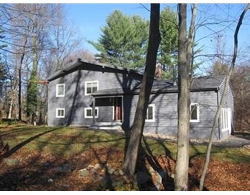 Частный односемейный дом для того Аренда на 8 Black Horse Drive 8 Black Horse Drive Acton, Массачусетс 01720 Соединенные Штаты