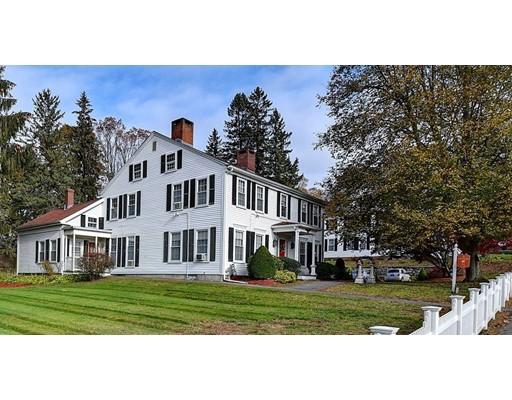 Maison unifamiliale pour l Vente à 217 Main 217 Main Spencer, Massachusetts 01562 États-Unis