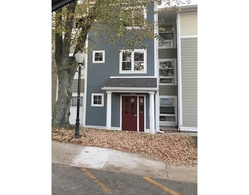 Condominio por un Alquiler en 26 Beacon St #46F 26 Beacon St #46F Burlington, Massachusetts 01803 Estados Unidos