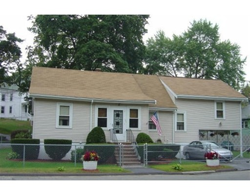 Picture 2 of 35 Winter St  Saugus Ma 3 Bedroom Single Family