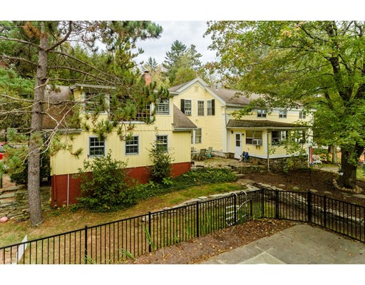 Single Family Home for Sale at 440 Route 198 440 Route 198 Woodstock, Connecticut 06282 United States