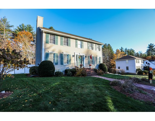 Single Family Home for Sale at 33 Level Street 33 Level Street Merrimack, New Hampshire 03054 United States