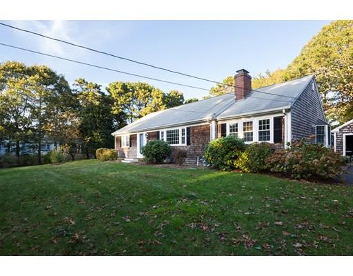 Maison unifamiliale pour l Vente à 9 Louis Way 9 Louis Way Harwich, Massachusetts 02671 États-Unis