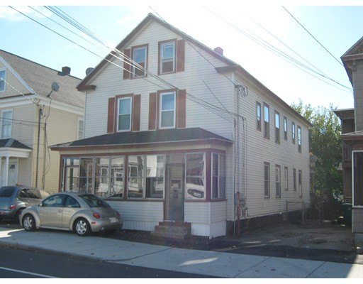 Casa Multifamiliar por un Venta en 266 W 6Th Street 266 W 6Th Street Lowell, Massachusetts 01850 Estados Unidos