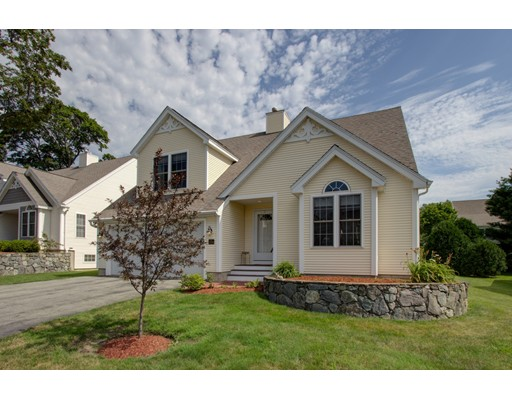 Single Family Home for Sale at 104 Hampton Meadows 104 Hampton Meadows Hampton, New Hampshire 03842 United States