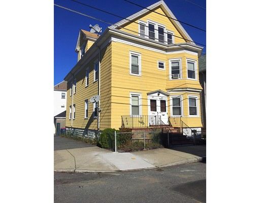 Apartamento por un Alquiler en 181 Shaw St #3 181 Shaw St #3 New Bedford, Massachusetts 02745 Estados Unidos