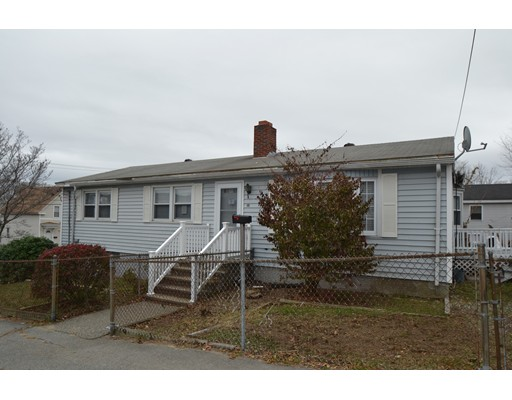 独户住宅 为 销售 在 45 Pleasant Street Lawrence, 01841 美国