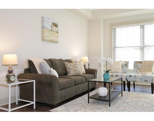 Квартира для того Аренда на 724 Washington Street #4E 724 Washington Street #4E Stoughton, Массачусетс 02072 Соединенные Штаты