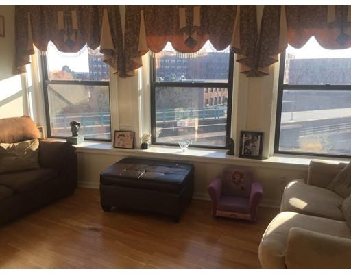 共管式独立产权公寓 为 销售 在 7 Central Sq 林恩, 01901 美国