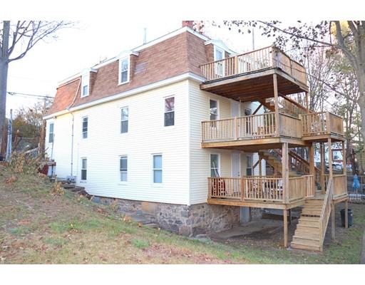 متعددة للعائلات الرئيسية للـ Sale في 102 Hancock Street 102 Hancock Street Lawrence, Massachusetts 01841 United States