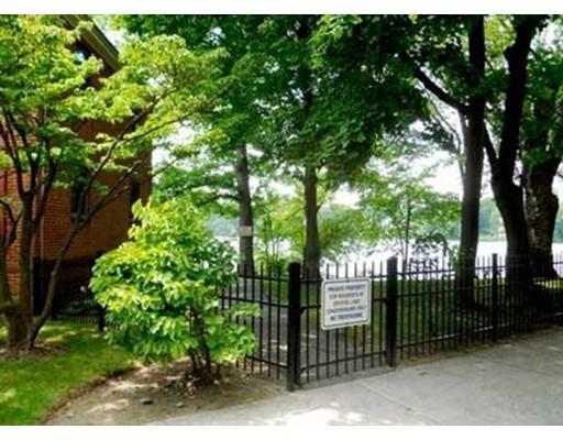 Appartement en copropriété pour l à louer à 63 Norwood Ave #28 63 Norwood Ave #28 Newton, Massachusetts 02459 États-Unis