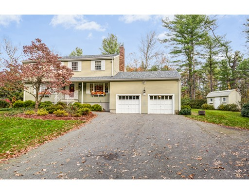 Single Family Home for Sale at 62 Coolidge Circle 62 Coolidge Circle Northborough, Massachusetts 01532 United States