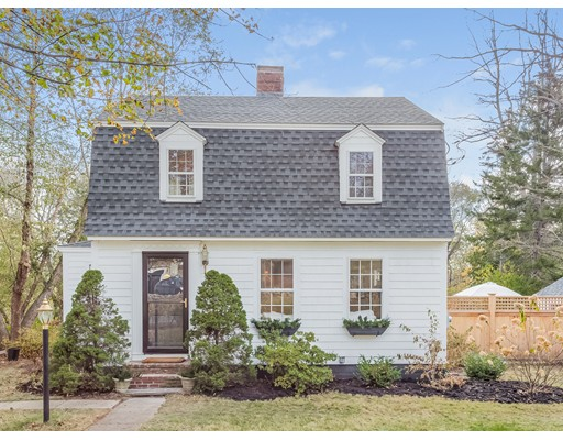Single Family Home for Sale at 96 MARTIN STREET 96 MARTIN STREET Essex, Massachusetts 01929 United States