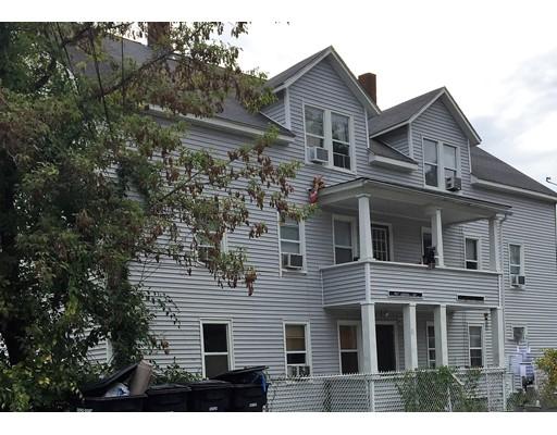 متعددة للعائلات الرئيسية للـ Sale في 15 Pine Street 15 Pine Street Dudley, Massachusetts 01571 United States