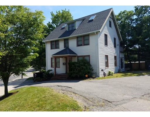 Single Family Home for Rent at 623 Randolph Avenue 623 Randolph Avenue Milton, Massachusetts 02186 United States