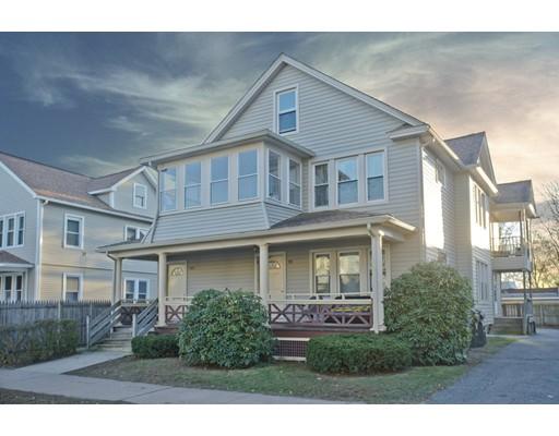 Casa Multifamiliar por un Venta en 98 Clantoy Street Springfield, Massachusetts 01104 Estados Unidos