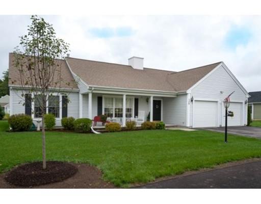 独户住宅 为 销售 在 138 Clubhouse Circle 138 Clubhouse Circle Raynham, 马萨诸塞州 02767 美国