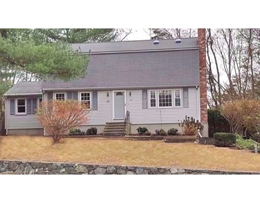 Single Family Home for Sale at 213 King 213 King Franklin, Massachusetts 02038 United States